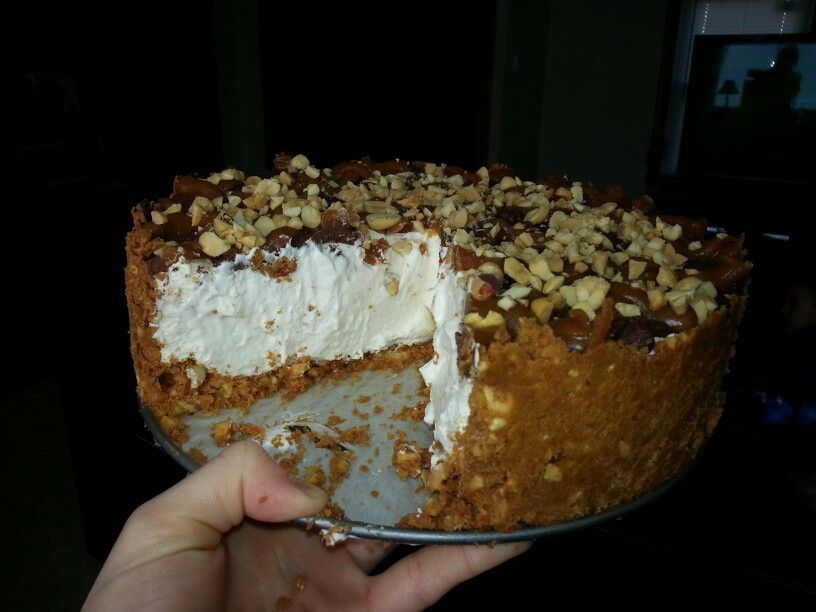 Keto Snickers Cheesecake
