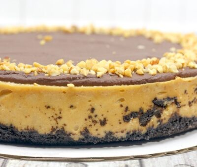 Keto Peanut Butter Cheesecake
