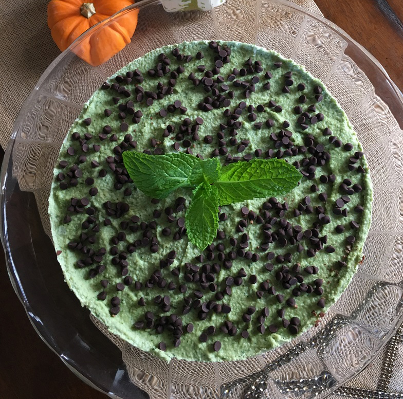 Low Carb Mint Chocolate Chip Cheesecake