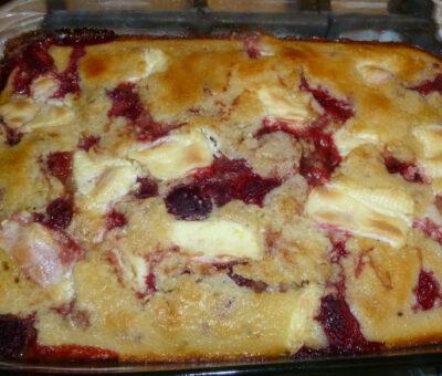 Strawberry and cream cheese cobbler